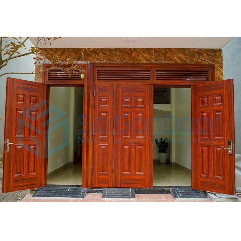 Mẫu cửa thép vân gỗ 4 cánh có ô fit