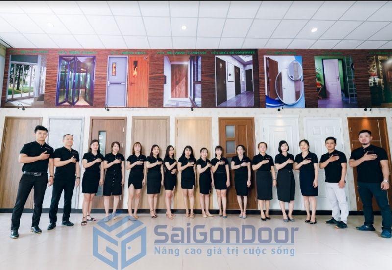 Saigondoor - với hệ thống nhân sự trẻ tận tâm tư vấn cho khách hàng