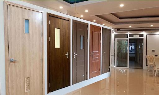 Cửa nhựa gỗ composite là gì ? Những điều cần biết về cửa nhựa gỗ composite