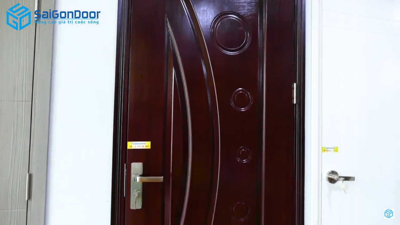 Họa tiết cổ điển cửa gỗ công nghiệp HDF Veneer