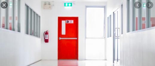 Cửa thép chống cháy trong bệnh viện