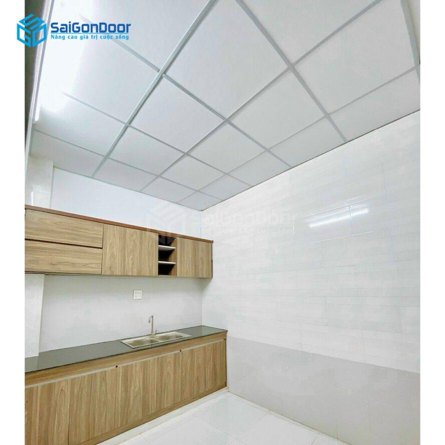 Mẫu 22: Tủ bếp đơn giản gọn gàng đầy đủ tiện nghi