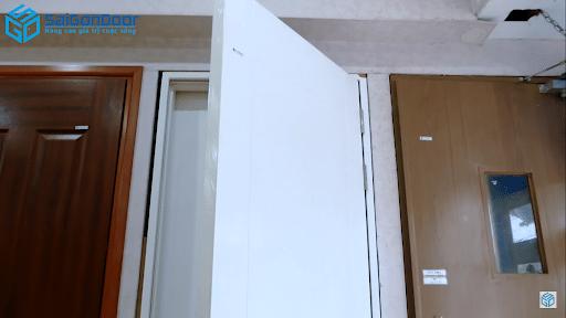 Cánh cửa của cửa chống cháy