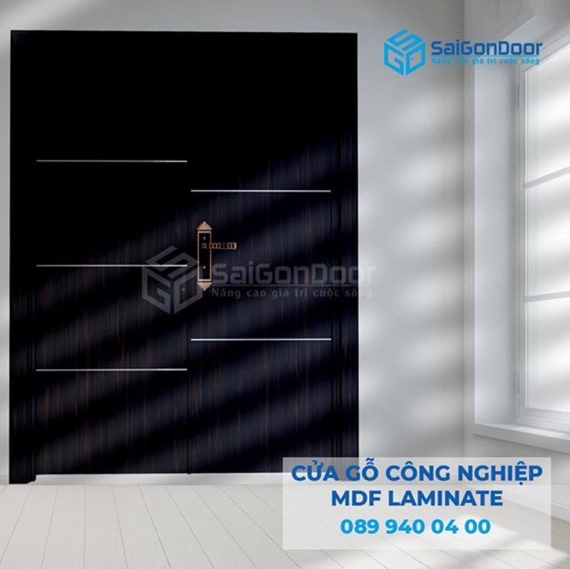 Saigondoor thi công lắp đặt cửa gỗ MDF Melamine