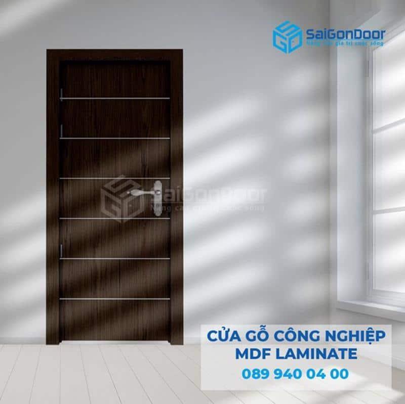 Mẫu cửa thông phòng gỗ công nghiệp MDF mới nhất